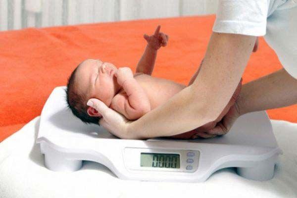 برای وزن گیری نوزاد چه باید کرد؟