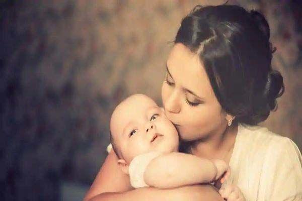 بغلی شدن نوزاد
