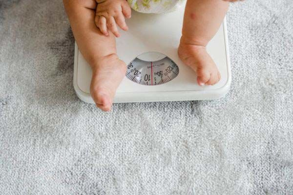 غذا برای وزن گیری نوزاد
