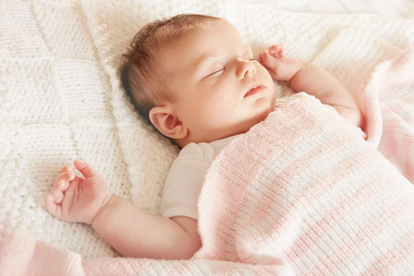 درجه حرارت مناسب اتاق برای خوابیدن نوزاد