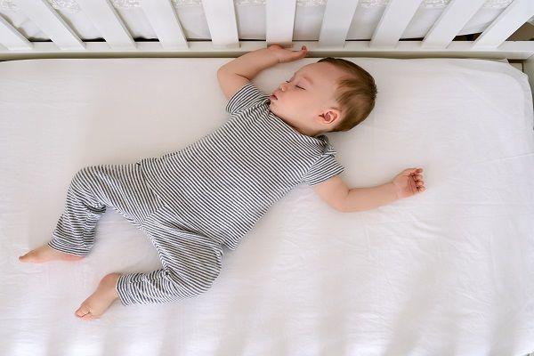 انواع خواب نوزاد