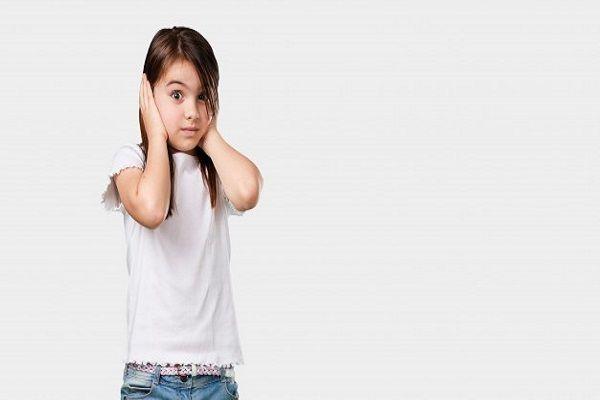 علائم عفونت گوش کودک