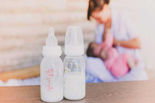 شیر مادر و شیر خشک
