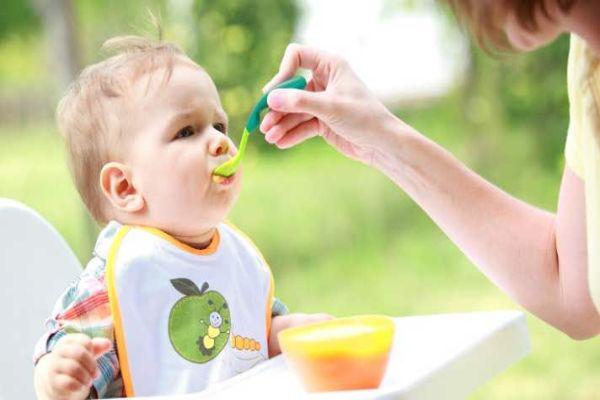 طریقه غذا دادن به کودک 6 ماهه