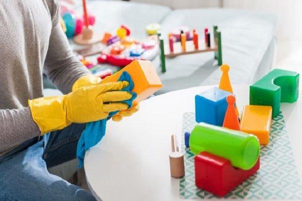 چگونه اسباببازی کودک را ضدعفونی کنیم