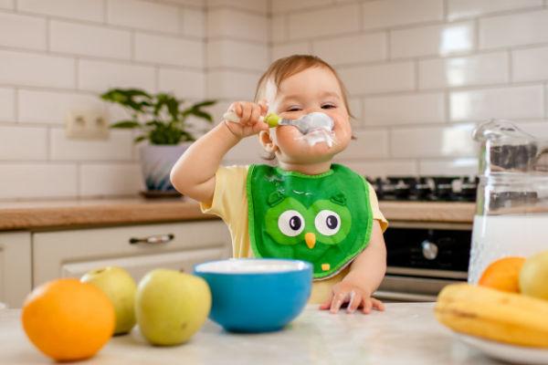صبحانهی کودک شیرخوار