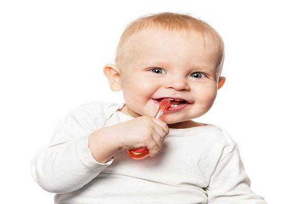 بهداشت دهان نوزادان