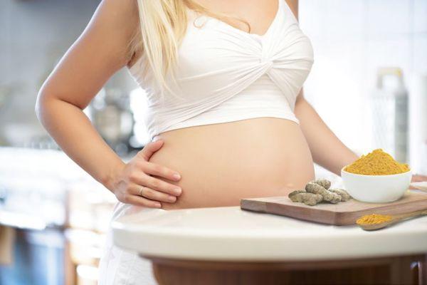 زردچوبه در بارداری