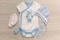 لباسهای نوزاد در چند هفتۀ اول پس از تولد