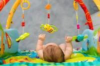اسباببازیهایی برای زمان تولد تا شش ماهگی کودک