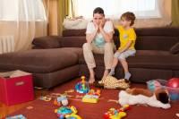 چرا حوصله بازی با کودکم را ندارم؟